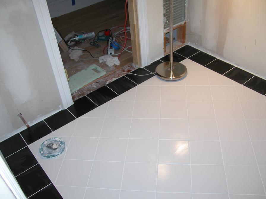 Diagonal floor pattern with black border, 8x8 tile.